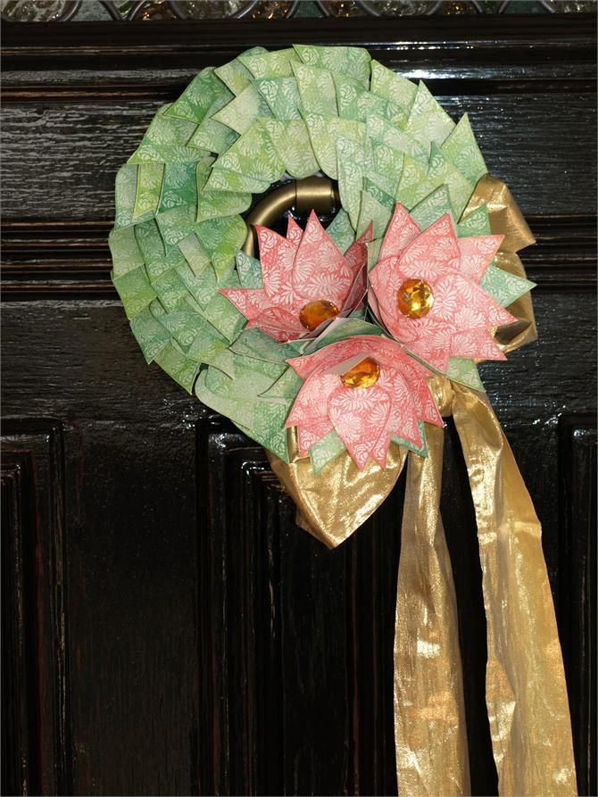Glorious door wreath made by cutting out and colouring stamped images. Instructions http://www.ezyshaid.com