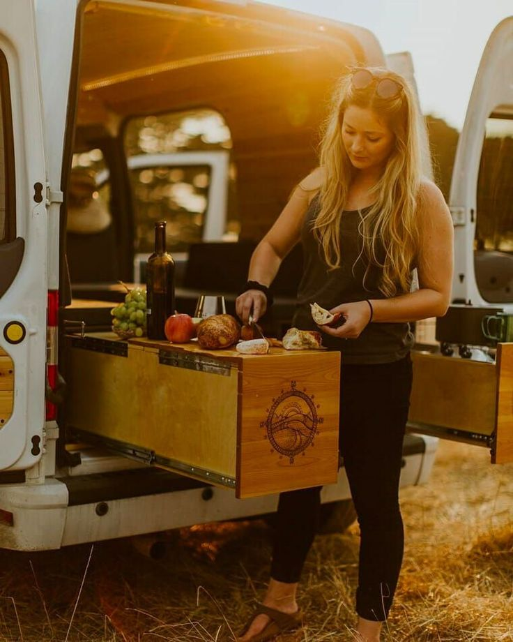 Grubs up! These extendable worktops are such a great summer hack from @peteramend. #needthis  Did you know we have instagram? https://www.instagram.com/coolcampervans/  Follow CoolCampervans on there for amazing campervans 🚙 and vanlife inspiration. DM ✍️or #coolcampervans to get featured 😮