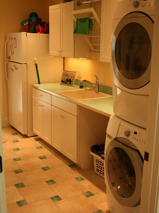 Traditional laundry room mudroompantry design pictures for Garage laundry room design