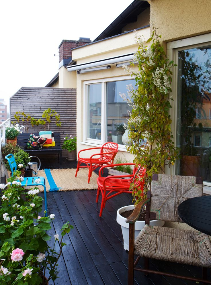 Design, Color and Shape in Swedish Apartment #design #interior #apartment #decor #sweden #missdesign #outdoors #patio #exterior