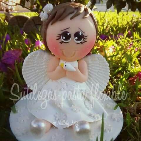 Angelita para pastel  Siguenos en facebook Sutilezas pasta flexible :)