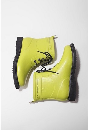 Ilse Jacobsen - I like my new boots. Just hope they are good then :)