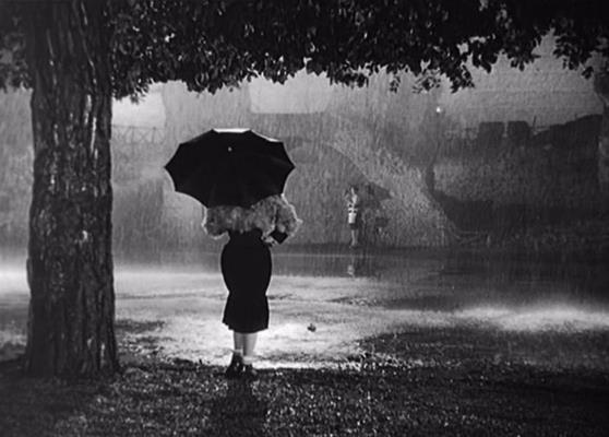 Giulietta Masina in Noites de Cabíria (1957)   Le notti di Cabiria (original title)  Director: Federico Fellini