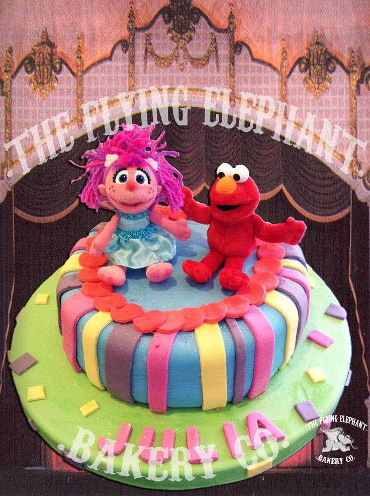 Elmo and friend Cake. Fondant and figurines