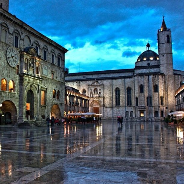 "The elegant Piazza del Popolo of #Ascolipiceno, a place full of charm where take a nice walk and maybe stop to take a drink in the historic ""Caffè Meletti."" It is 100 km from the #Sanctuary of #Loreto.    ❤  L'elegante Piazza del Popolo di #Ascolipiceno, un luogo ricco di fascino dove si può fare una bella passeggiata e magari fermarsi a prendere un aperitivo nello storico ""Caffè Meletti"". Dista 100 km dal #Santuario di #Loreto."
