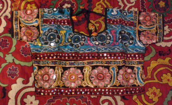 VINTAGE INDIAN EMBROIDERED LENGHA CHOLI AND DUPATTA by becocooned, $138.00