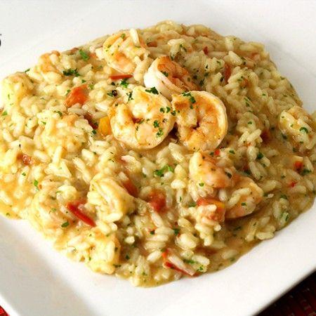 RISOTO DE CAMARÃO - receita passo a passo e com vídeo de como preparar um delicioso risoto de camarão | temperando.com #receitafacil #videoreceita #risoto