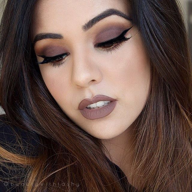 Obsessing over this dark nude #motd by @beautywithtashy! Our Heavenly Blush complements the look perfectly. // #sigmabeauty