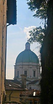 Brescia (Roman name: Brixia) Brescia is a city and comune in the region of Lombardy in northern Italy