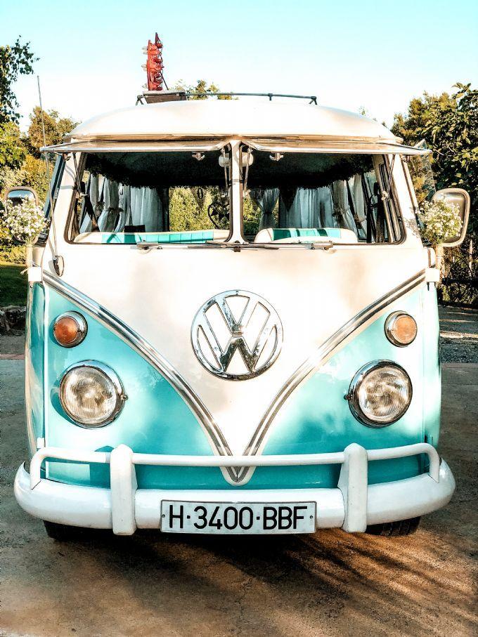 Vw T1 Kombi Bulli Volkswagen Mint Furgoneta Boda Novios Caravana Furgo Photo Booth Fotomaton Casaments Weddi In 2020 Vintage Vw Bus Vw Van Volkswagen Van