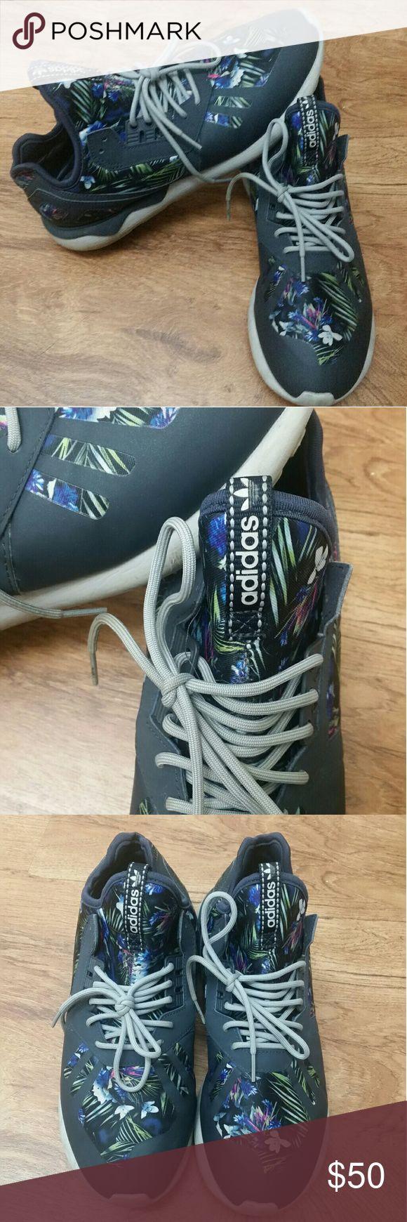 Adidas Tubular Runners 10.5 Great condition.. Adidas Runners Navy Hawaiian Adidas Shoes