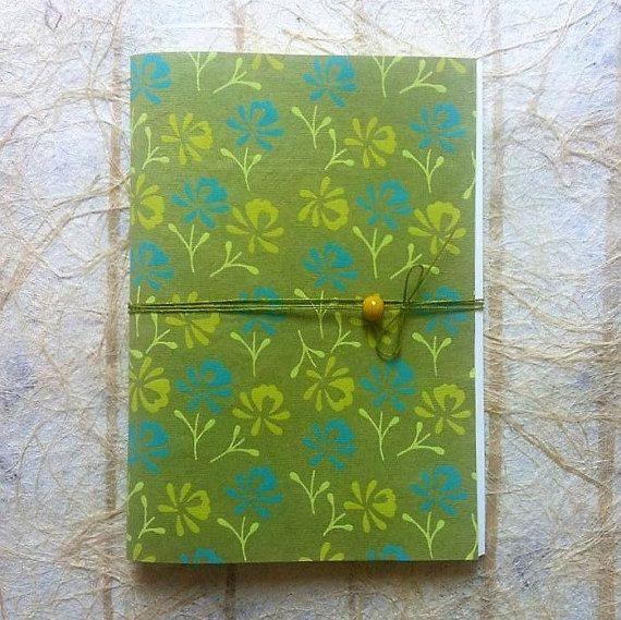 Quaderno fatto a mano Tè verde  Handmade Notebook  di PetiLab