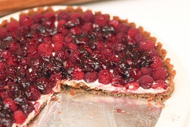 Raspberry Sour Cream Tart | Mmmm...Sweets | Pinterest