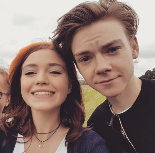 Thomas Brodie-Sangster with a fan, June 19th 2016 ^^ he is so cute it hurts!!!!