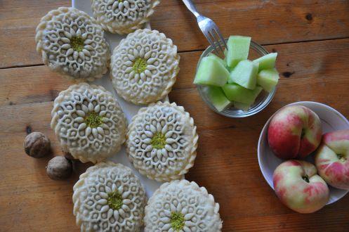 Kolompe (Persian Dessert)
