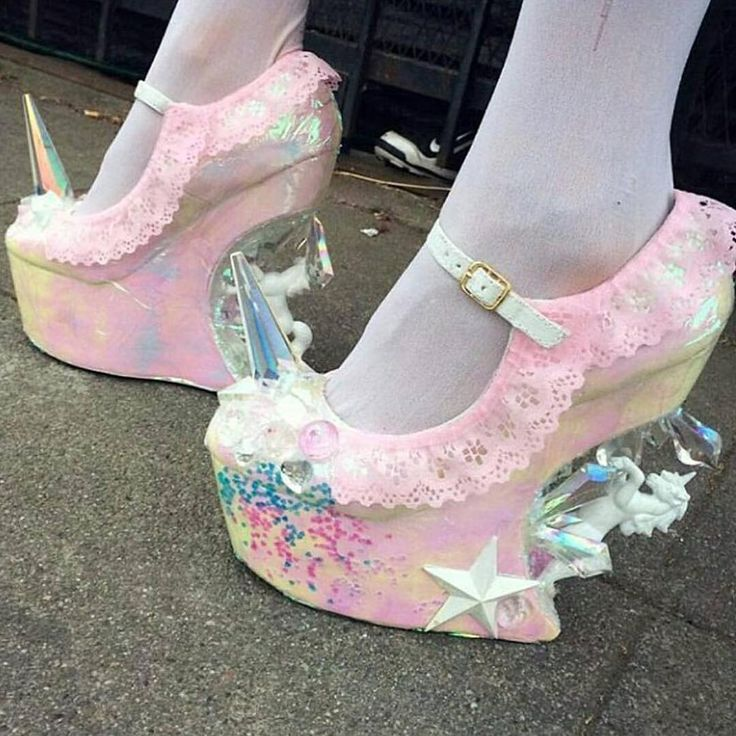 "♡@goddessbonbon "" I really need @zombiepeepshow to make me a pair OMG """