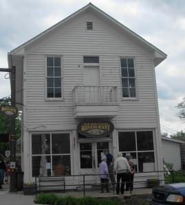 Hob Nob Corner Restaurant, Nashville, Indiana « All tenderloins, all the time.