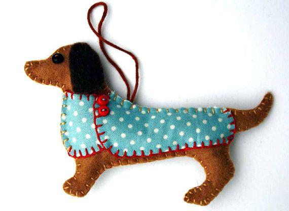 Dachshund Christmas ornament,Felt dog ornament,Dachshund decoration,Dog Christmas Ornament,Handmade felt Dachshund,Little felt dog in coat.