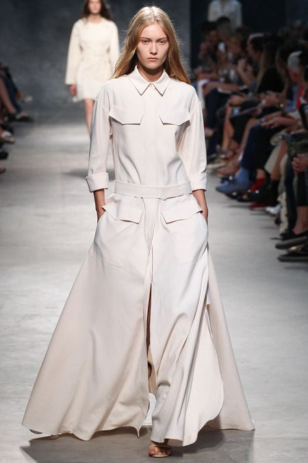 Felipe Oliveira Baptista Spring 2014 Ready-to-Wear Collection #Paris #PFW #RTW #SS14 #fashion #style #show #runway #models #trends #rigor #pure #romance #nude
