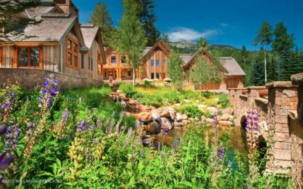 Christy Walton, the richest woman in America, is selling her incredible Jackson Hole, WY-area home for $12.5 million. Walton is the widow of John T. Walton, ...