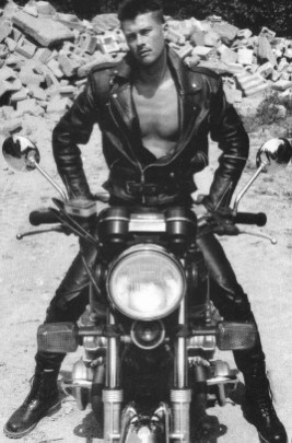 Gayman In To Motorbikes And Leather 120