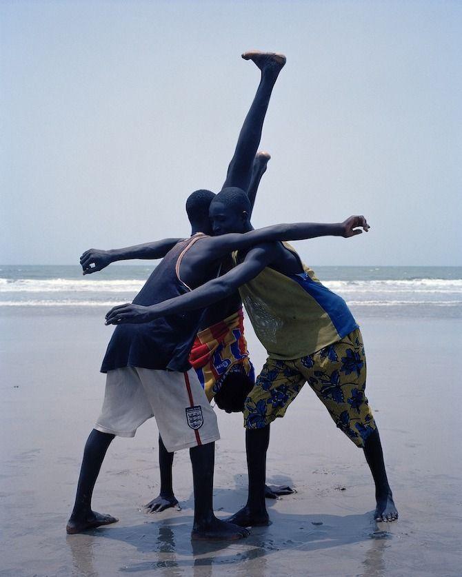 Flamboya – Um retrato da juventude africana por Viviane Sassen