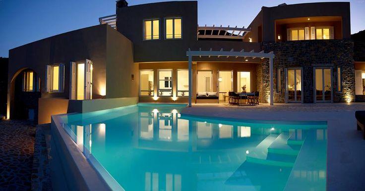 Gorgeous Cretan estate, with interSCALA's wooden frames!