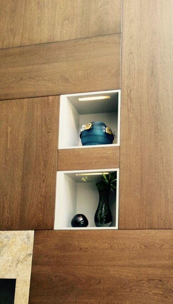 La madera perfecta para enchapar paredes y crear nichos.