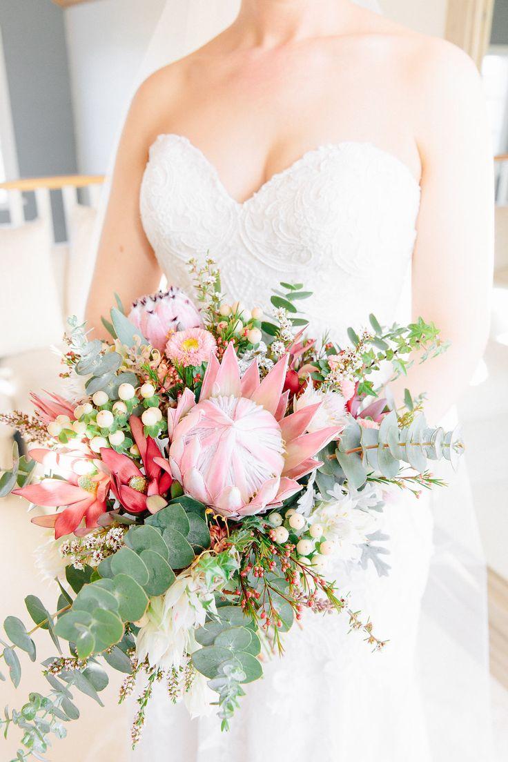 wedding flowers native flower bouquet
