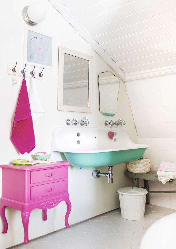 Die besten 25 rosa badewanne ideen auf pinterest - Rosa badezimmer ...