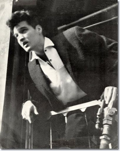 Elvis at the back of the train en rote to Miami, March 21, 1960 for the Frank Sinatra 'Welcome Home Elvis' TV - Timex Special