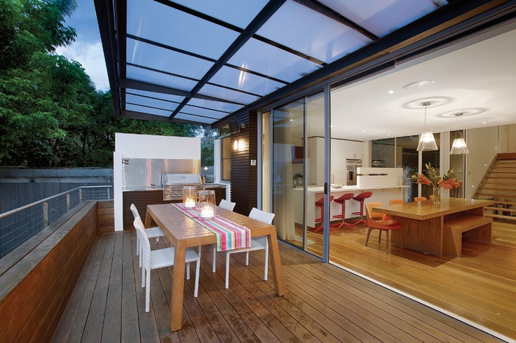The excpetionally liveable deck off the kitchen and living areas of Balwyn House. Great for relaxation, entertaining and use all year round