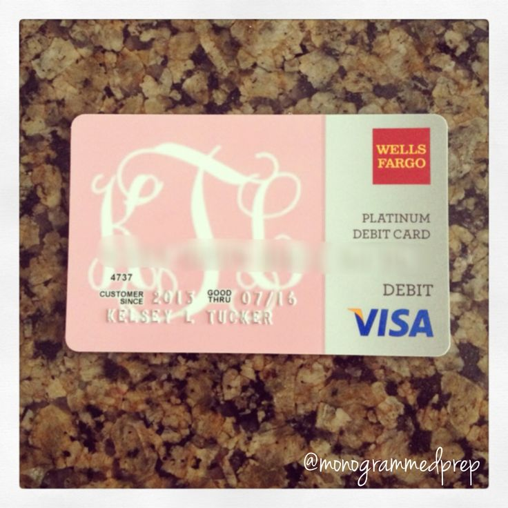 monogrammed debit card. Would you expect anything less? #monogramaholic