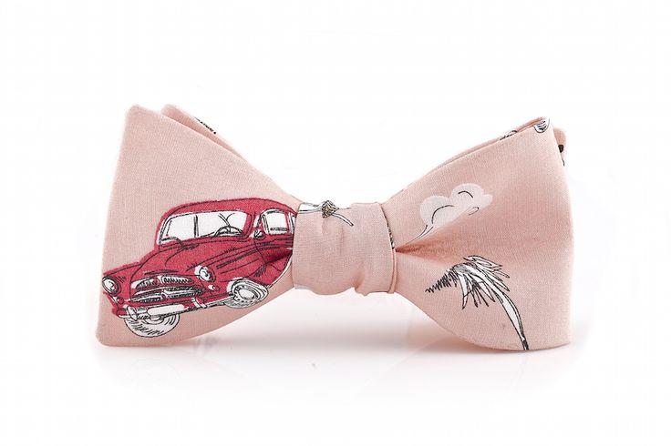 Wyjątkowa, unikatowa muszka wiązana z motywem auta!  Do kupienia w sklepie internetowym Madame Allure!
