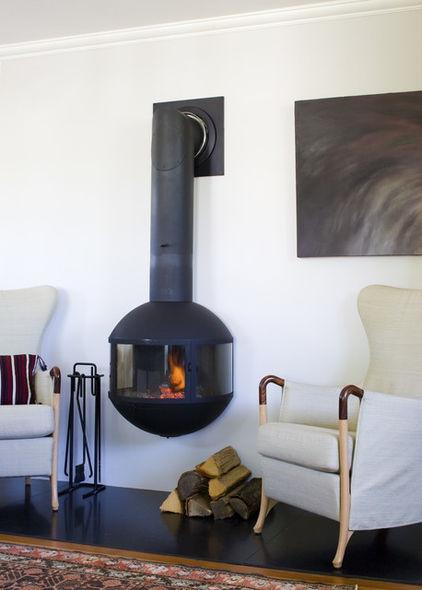 Woodstove: Edofocus, Focus -traditional living room by Siemasko + Verbridge