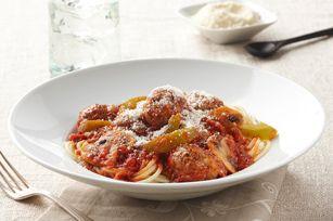 Envie d'un spaghetti avec boulettes de viande pour souper? Voici une variante à la mijoteuse de ce grand favori. Ne vous cassez plus la tête!