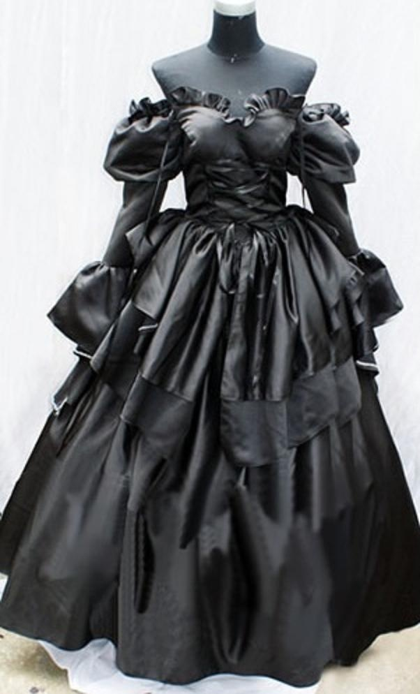 Gothic Elizabethan Gown Clothing That Needs To Be On Me