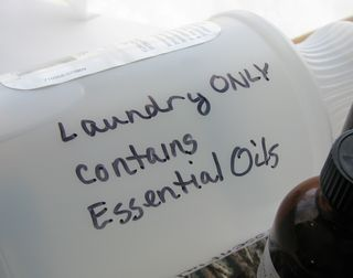 Essential oil fabric softener and dryer sheets-LOVE this!