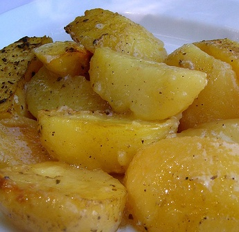 Jo and Sue: Greek Potatoes - these were amazing although I cooked for 30-40 minutes longer