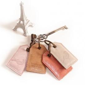 Porte-clefs cuir pailleté....   www.barnabeaimelecafe.com