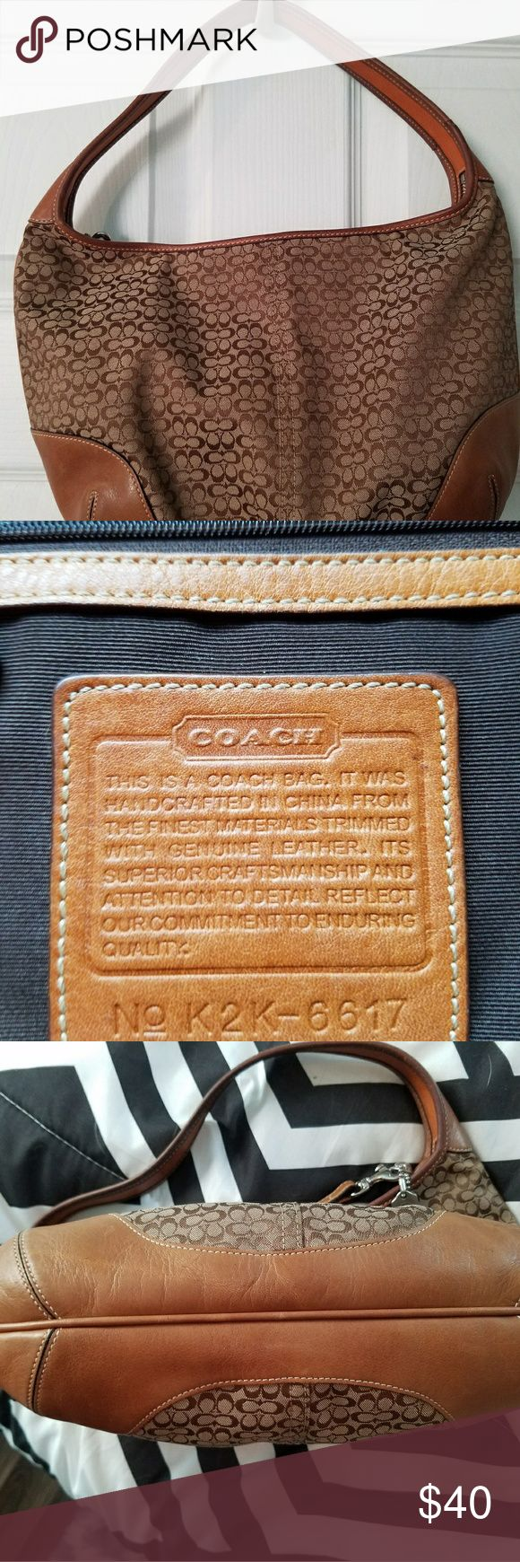 Coach hobo bag In excellent condition! No stains or tears. Coach Bags Hobos