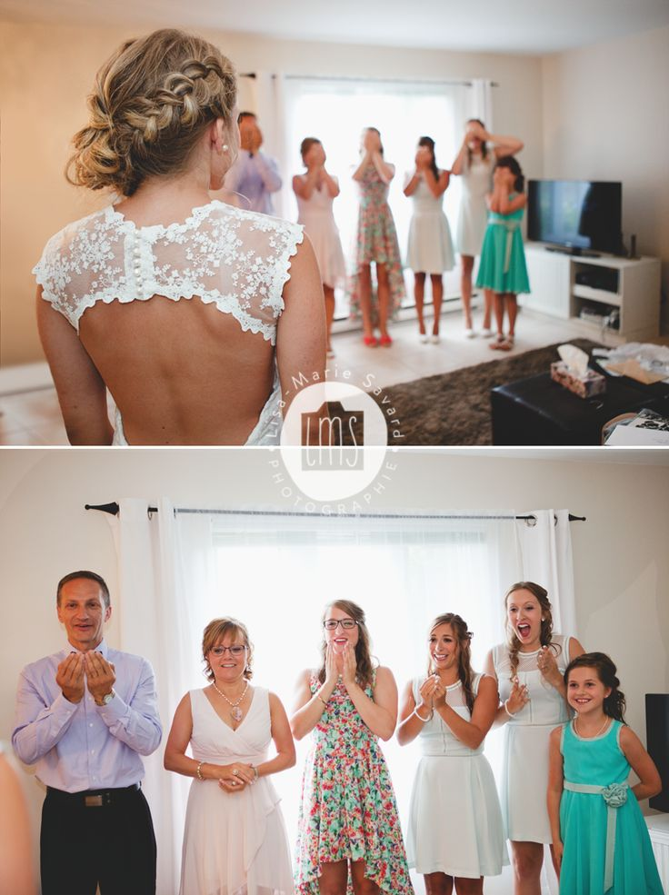 Bride's family and bridesmaids first look. Reactions when they see her for the first time. Montréal Saguenay Québec. Photo: Lisa-Marie Savard Photographie