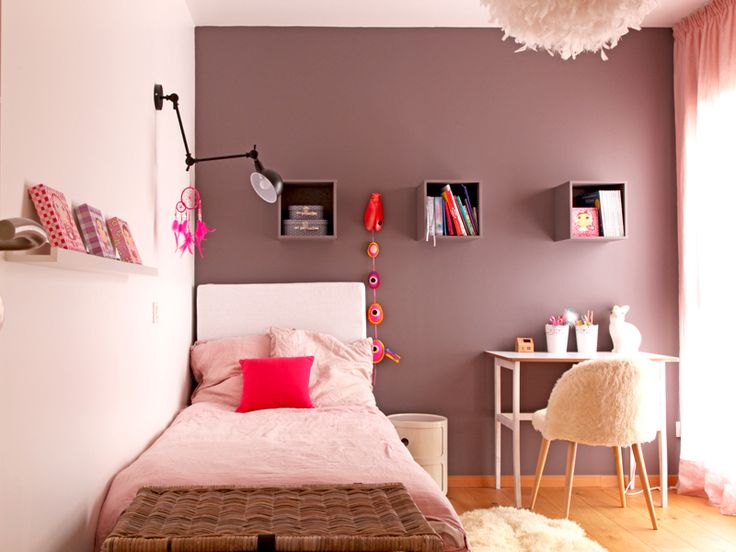 16 best d coration chambre enfant fille b b rose poudr et fuchsia images on pinterest room. Black Bedroom Furniture Sets. Home Design Ideas