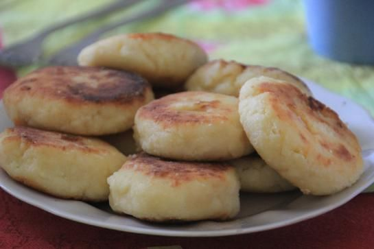 cottage cheese pancakes, a traditional Russian food.