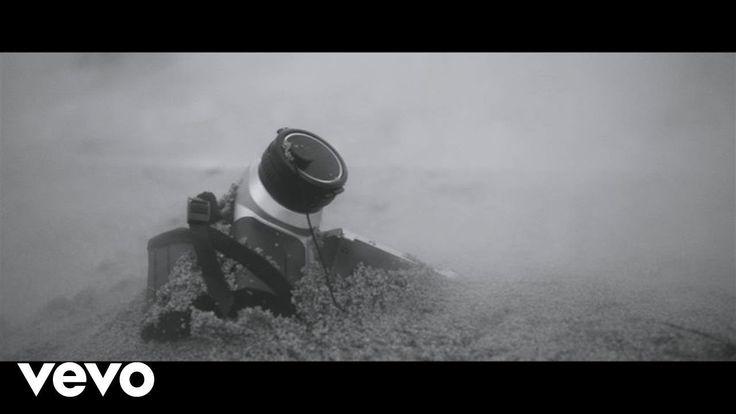 #Musique #Video ❤ #BonJovi - #Clip vidéo de #LaborOfLove ➡ http://petitbuzz.com/musique/bon-jovi-labor-of-love/