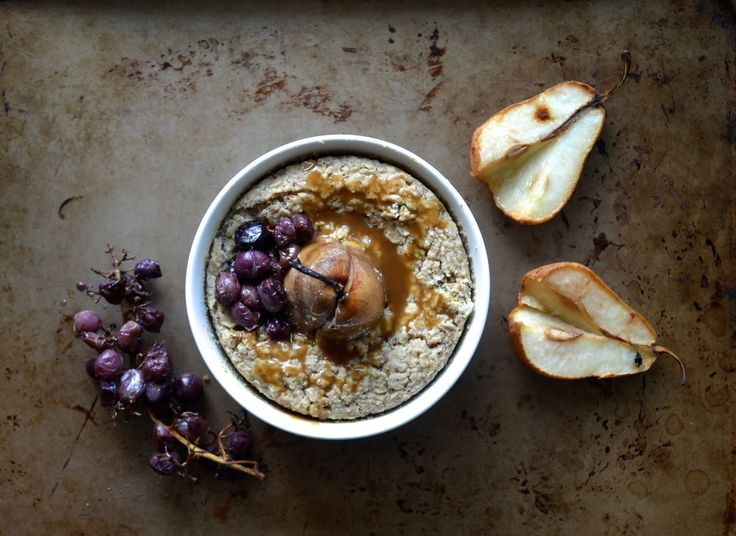 Almond Baked Oatmeal with Roasted Pear and Grapes