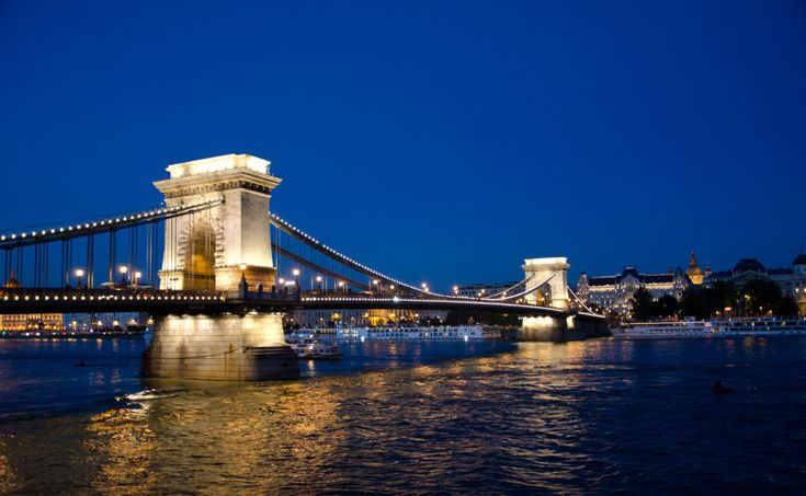Chain Bridge, by evening light