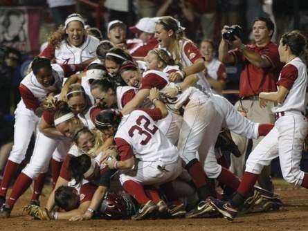 University of Alabama softball wins national title | TuscaloosaNews.com