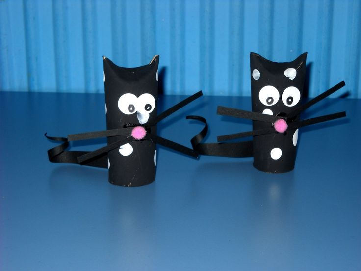 Cats paper roll craft!