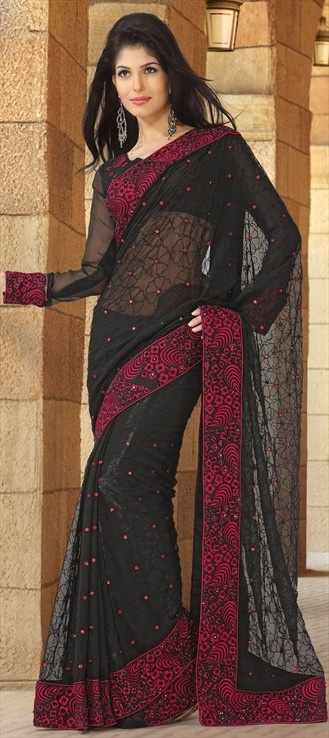 Fall for the love of #Lace with this #Black saree...lets make art and nostalgia meet.
